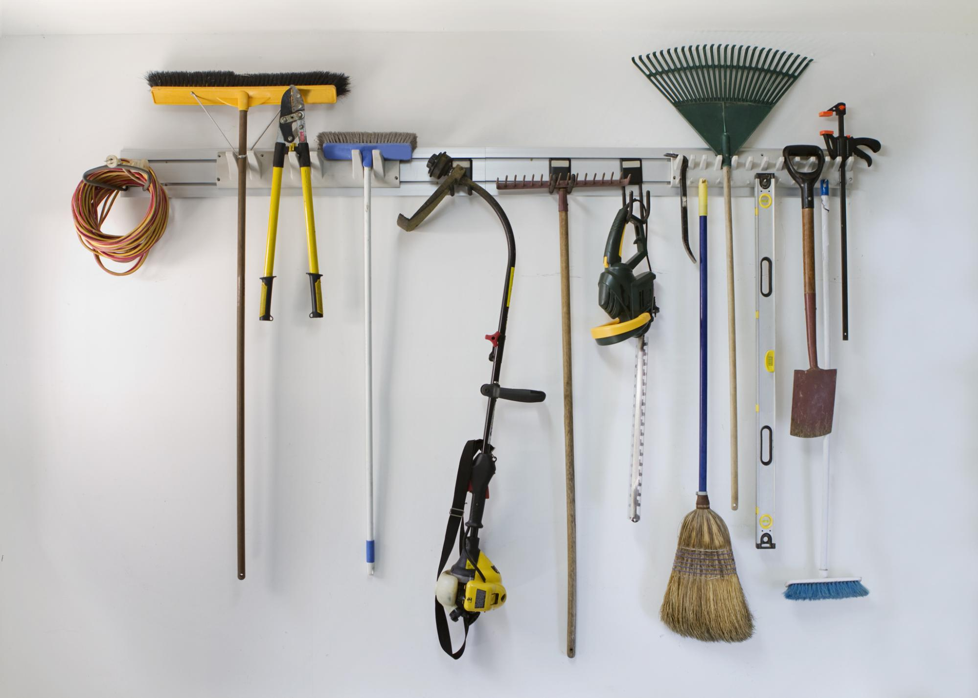 garage cleaning tips